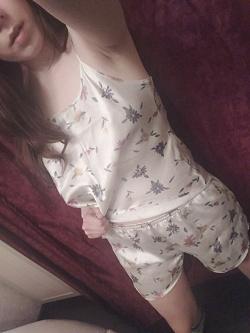 Отдается в дар «Комплект домашний(пижама?)»