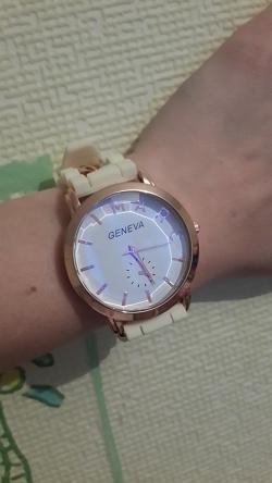 Отдается в дар «Часы женские»