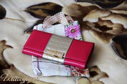 Отдается в дар «Розовый кошелек со стразами»