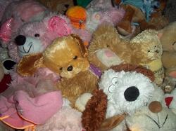 Отдается в дар «Мягкие игрушки: жирафы, свинка, собачка»