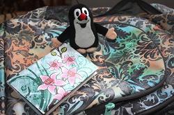 Отдается в дар «обложка на паспорт (орхидеи)»