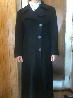 Отдается в дар «Пальто женское гдето как раз на феврель»