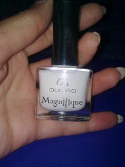 Отдается в дар «Лак для ногтей белый»