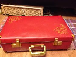 Отдается в дар «Ретро-чемодан»