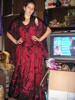 Отдается в дар «Платье на выпускной 46-48 размер.»
