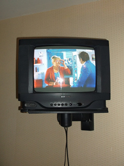 Отдается в дар «Телевизор samsung»