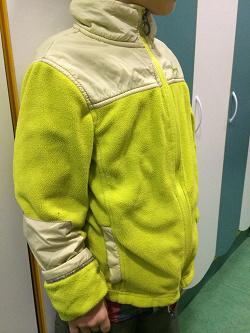 Отдается в дар «Флисовая куртка 122-128 см.»