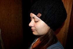Отдается в дар «Женская шапка.»
