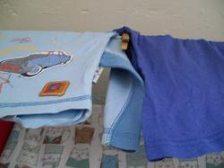 Отдается в дар «футболки для мальчика 2-4 г.»