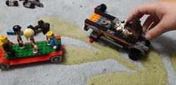 Отдается в дар «Лего — человечки.»