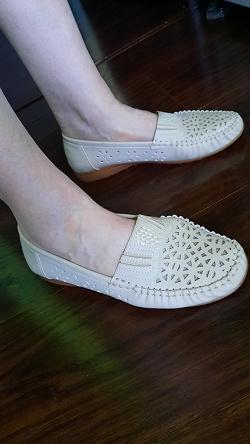 Отдается в дар «Женская обувь»