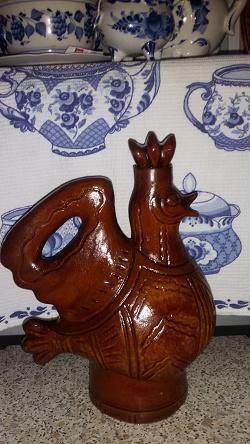Отдается в дар «штоф керамика-Петух»