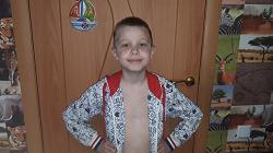 Отдается в дар «ветровка или толстовка… 2 шт. для мальчика 7-9 лет»