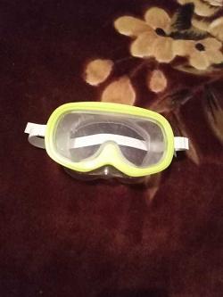 Отдается в дар «Маска для плавания детская.»
