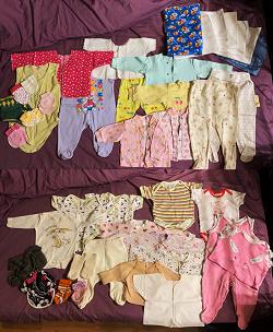 Отдается в дар «Детская одежда для малышей, новорожденных»