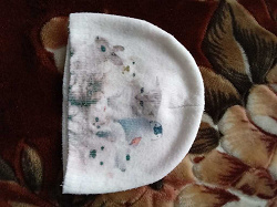 Отдается в дар «шапки и шарфы девочкам»