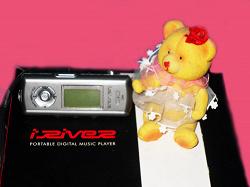 Отдается в дар «MP3-плеер АйРивер на 1GB б/у»