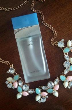 Отдается в дар «Туалетная вода Dolce and Gabbana Light Blue»