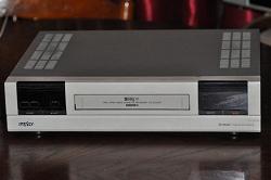 Отдается в дар «Sanyo tls s2500 SVHS видеомагнитофон»