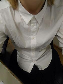 Отдается в дар «Блузка-рубашка белая р.S»