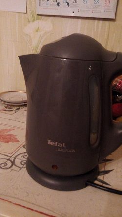Отдается в дар «Чайник электрический Тефаль»