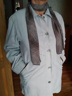 Отдается в дар «Куртка женская + шарфик»