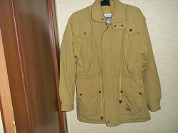Отдается в дар «Куртка на синтепоне 48-50»