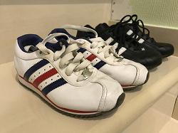 Отдается в дар «Детские кроссовки «Адидас» на 3 — 4 (5) года»