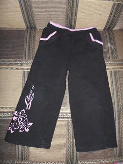 Отдается в дар «Детские спортивные брюки 92»