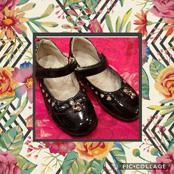 Отдается в дар «Туфли черные лаковые»