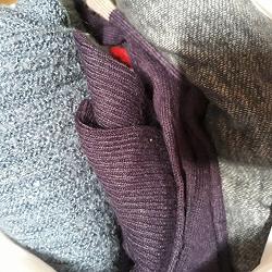 Отдается в дар «Пакет мужских свитеров»