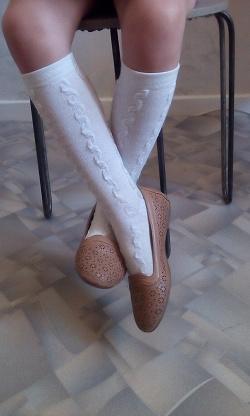 Отдается в дар «Туфли и кроссовки 32 рра.»