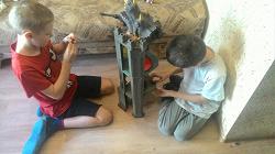 Отдается в дар «Башня для черепашек ниндзя и маквин подушка»