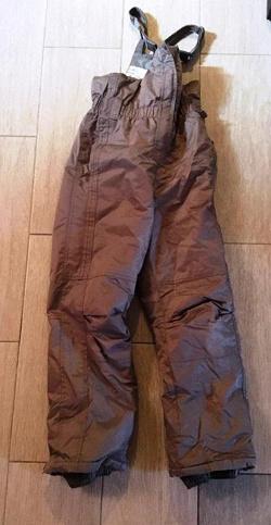 Отдается в дар «Зимние штаны-комбинезон»