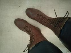 Отдается в дар «Зимние ботинки Carnaby»