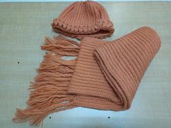 Отдается в дар «Шапка и шарф»