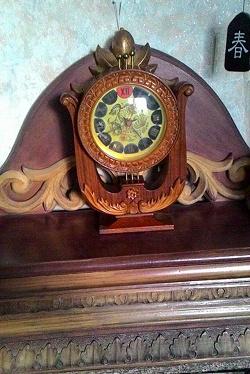 Отдается в дар «Часы настольные советские «Антарес»»