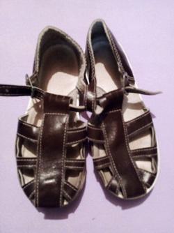 Отдается в дар «Обувь для мальчика»