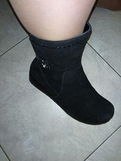 Отдается в дар «Ботинки женские зимние, 41 размер»