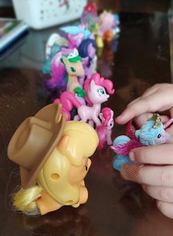 Отдается в дар «Коллекция пони и единорожек»