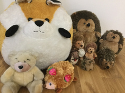 Отдается в дар «Мягкие игрушки — ежики, лиса, мишка»