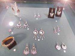 Отдается в дар «Посещение выставки в музее»