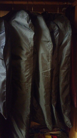 Отдается в дар «Чехлы для одежды из Ikea»