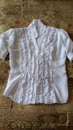 Отдается в дар «Блузка для девочки-подростка»