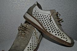 Отдается в дар «обувь 38 р.»