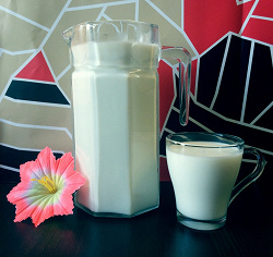Отдается в дар «Козье молоко»
