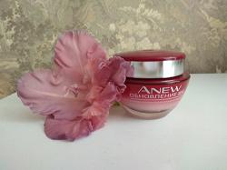 Отдается в дар «Мультифункциональный дневной крем для лица Avon ANEW «Полное обновление» SPF 20»