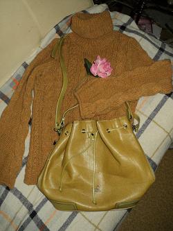 Отдается в дар «женская сумка-торба»