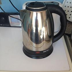 Отдается в дар «Чайник электрический.»