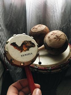 Отдается в дар «Сувенир из Туниса.»